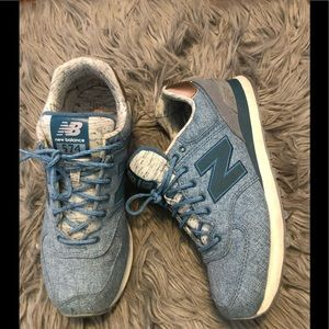 Sneakers (New Balance)